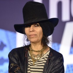 Linda Perry Net Worth|Wiki: Know her earnings, Career, Albums, Songs, Age, Partner, Children